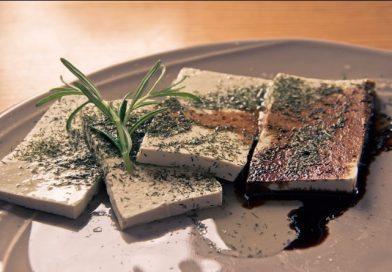 Tofu caseiro e sem soja, com dois ingredientes